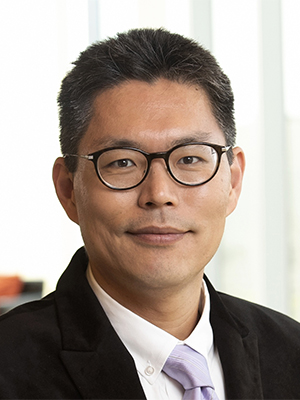 Seokwoo Lee
